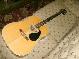 Marlboro Martin Acoustic Guitar D 28 Copy