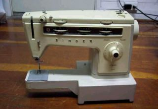 Singer Stylist 534 Sewing Machine Many EXTRAS