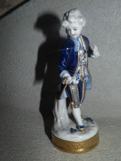 Antique Porcelain Statue Representing A Marquess Late 19th