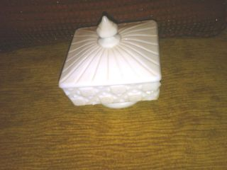 Westmoreland White Milk Glass OLD QUILT Pattern Pedestal Candy Dish