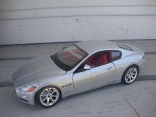 24 Scratch Dent Maserati Gran Turismo Coupe Silver by Bburago