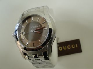 Gucci Ya055215 Watch for Men Stainless steel case Brown matte circular