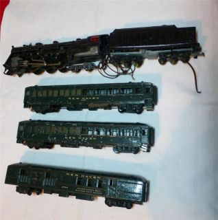 VINTAGE AMERICAN FLYER GILBERT TRAIN CARS ENGINE 2764 8302 Army Green