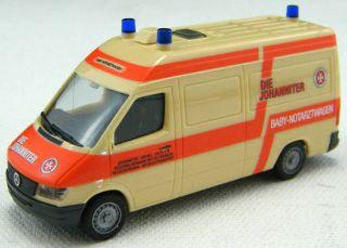 87 Scale Mercedes Benz Sprinter Paramedic Truck Herpa