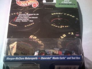 NEW 1999 HOTWHEELS PIT CREW MORGAN MCCLURE MOTORSPORTS RACING CAR AND