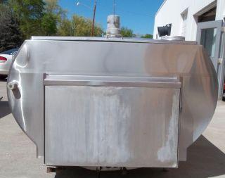 Mueller 700 Gallon M50136 Stainless Steel Bulk Milk Tank