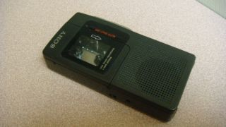 Sony Micro Cassette Recorder Built in Microphone Microtape Recorder M