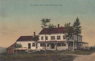 E7168 MA Middlefield Golden Glow Hotel Postcard