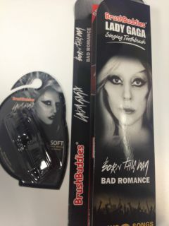 Lady GaGa Singing Toothbrush & Extra brush heads Great Gift Xmas