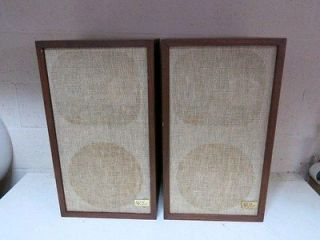 CLASSIC VINTAGE AR 2AX ACOUSTIC RESEARCH SOLID WOOD SPEAKERS