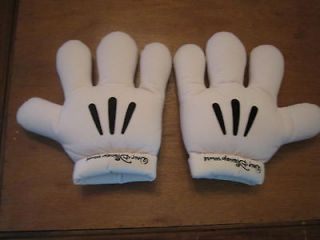 Walt Disney World Mickey Mouse Costume Gloves Plush