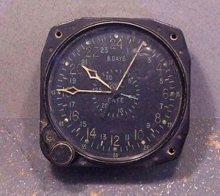 WW2 US NAVY WALTHAM CDIA AIRCRAFT CLOCK , RUNNING , ORGINAL CONDITION