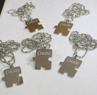 PERSONALIZED PUZZLE PIECES PENDANTS NECKLACE FIVE FAMILY COUSINS