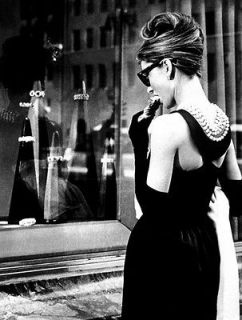 Audrey Hepburn Breakfast at Tiffanys big silk poster 32