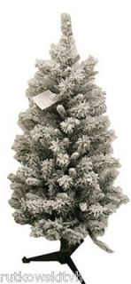 Winslow Flocked Pre Lit Artificial Christmas Tree 100 Clear Lights