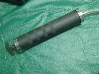 fluid pump hand for removing internal fluid