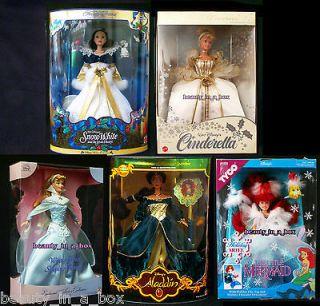 Jasmine Aurora Snow White Cinderella Ariel Holiday Princess Disney