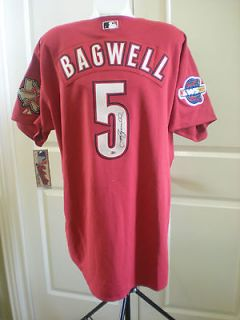 Jeff Bagwell signed Tristar Houston Astros jersey game un used bat