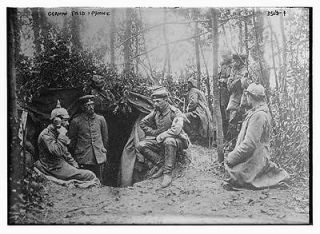 field phone,soldiers,telephone,wooded area,military,Bain News Service