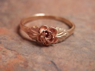 Vintage 10k and 12k Small Black Hills Dakota Rose Gold Ring 6