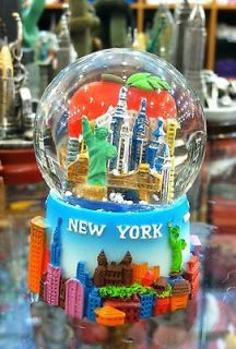 45 mm New York City Snow Globe, Colorful with Big Apple Inside, Small