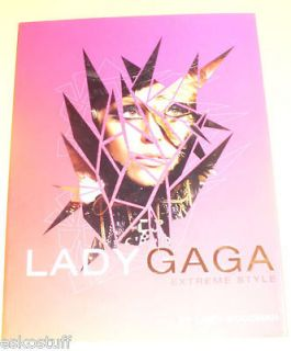 Lady Gaga   Extreme Style 2010 NEW Biography Nice SEE