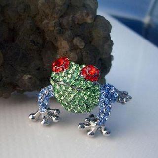 Lovely Tree Frog Toad Brooch Pin Green Rhinestone Crystal