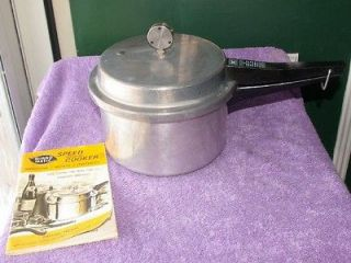 Vintage Mirro Matic 4Qt. Deluxe Pressure Cooker w/ Booklet