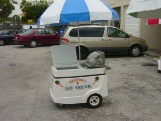 Hot Dog cart with electric freezer