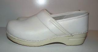 Dansko White Professional Nursing Shoes Clogs Womens Size EUR 40 US 9