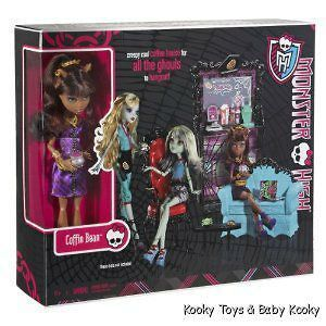Monster High Draculaura Doll and Coffin Bean Cafe Playset NEW