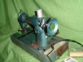 vtg precision kingston sewing machine for parts all works restore