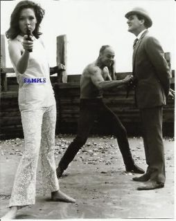 The Avengers Diana Rigg Emma Peel With Gun Patrick Macnee John Steed