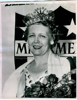 1955 Ramona Deitemeyer Miss America 1956 Nebraska Crown Flowers Press