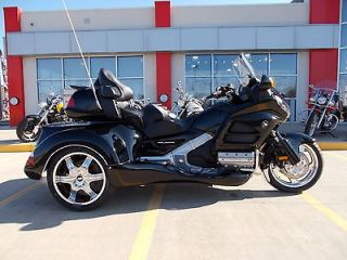 Honda  Gold Wing 2012 Honda GOLDWING Trike GL 1800 Roadsmith Trike $