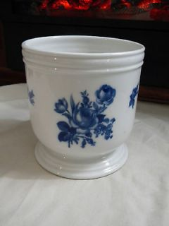 HEINRICH GERMANY ECHT KOBALT PLANTER FLOWER POT  BLUE ROSES & FLOWERS