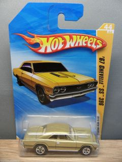 2010 Hot Wheels 1 64 New Models 1967 Chevy Chevelle SS 396 44 Gold 5S