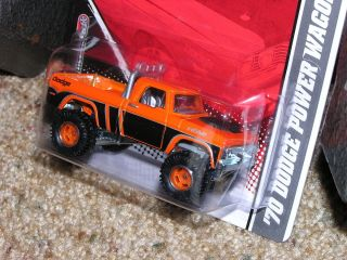 2011 Hot Wheels REAL RIDERS GARAGE 30 PACK BLISTER Dodge Power Wagon