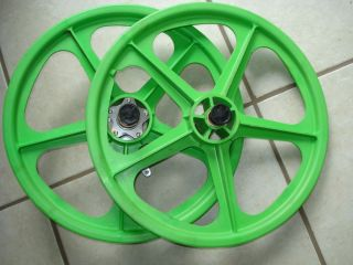 oldschool BMX Skyway mag wheels rims NOS original coaster brake green
