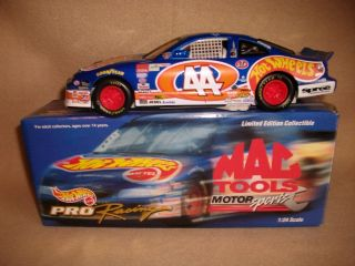 Kyle Petty Hot Wheels Mac Tools 44 1 24 Diecast
