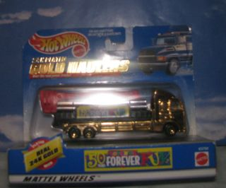 Hot Wheels 24k plated Gold Haulers Toys R Us 50 years Cherry Picker