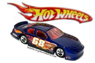 Hot Wheels 2003 Chevy Monte Carlo Stock Car Race Exclusive