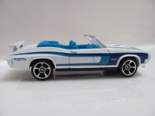 Hot Wheels 2012 Mystery Cars 05 70 Pontiac GTO