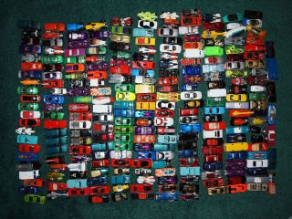 Lot 250 Hot Wheels Diecast Metal Toys Cars Trucks Blimps MIX New Out