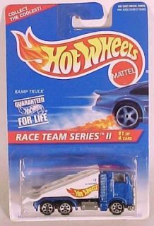 Hot Wheels Collector 392 Race Team Ramp Truck w 7sp
