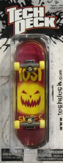 Tech Deck Checklane Team 1031 Skates Pumpkin Design Fingerboard