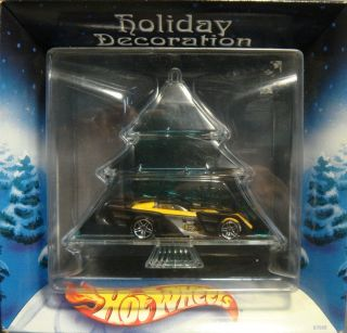 BUYING A BRAND NEW, IN BOX, HOT WHEELS HOLIDAY DECORATION ORNAMENT